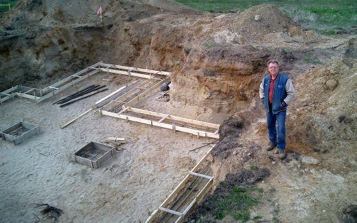Michael Klinger, Builder