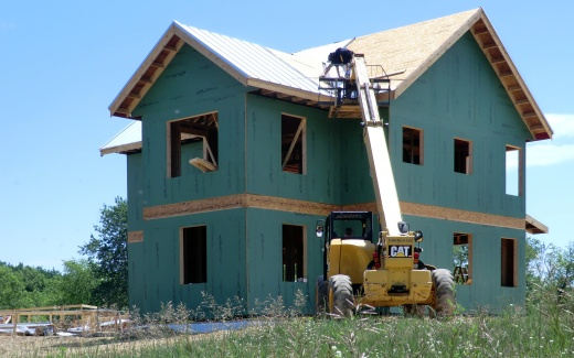Installing roof valley